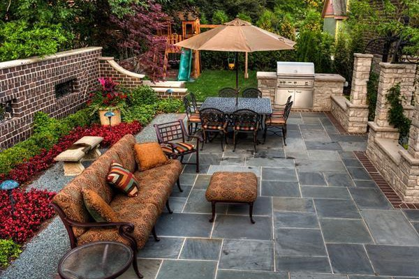 5 Ways to Create a Stylish Outdoor Space in Your Backyard